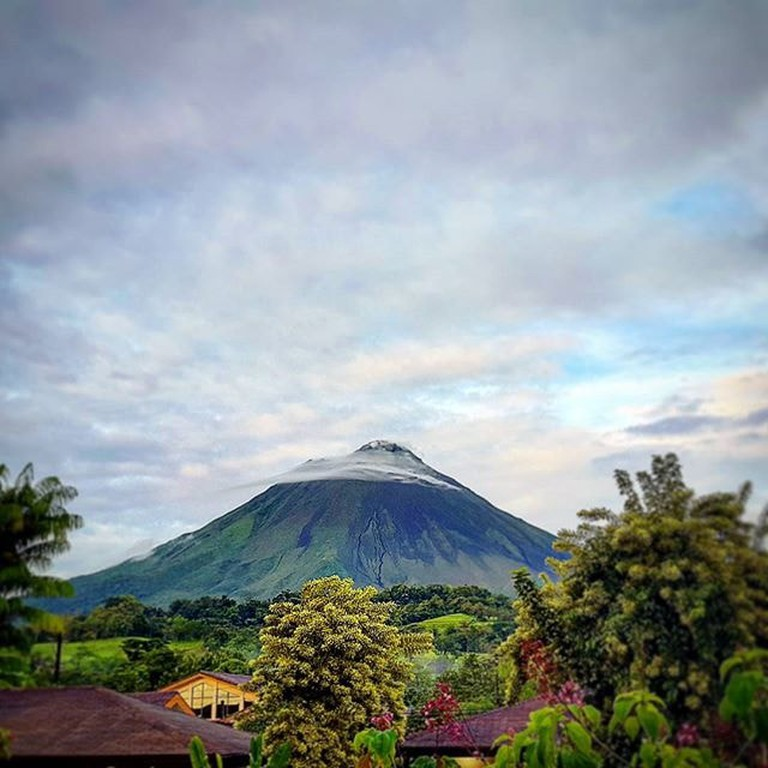 The Arenal volcano provides a wonderful hiking experience in Costa Rica