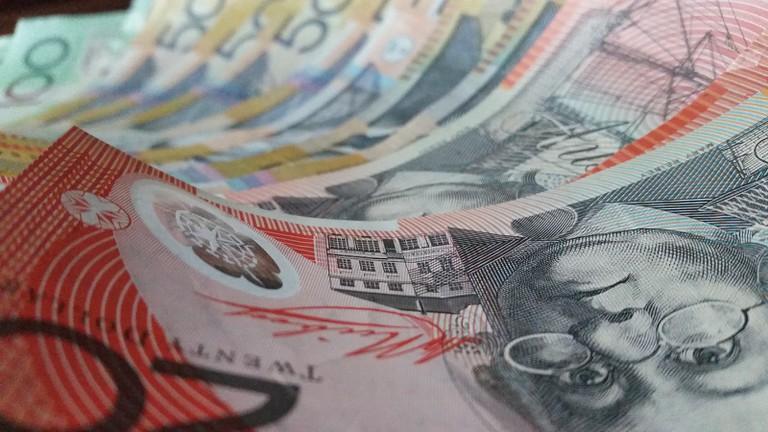 Australian $20 banknote © Brodie Miller / Pexels