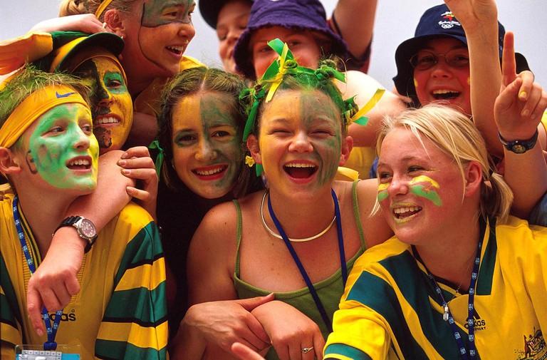 Australian fans © Australian Sports Commission / Wikimedia Commons