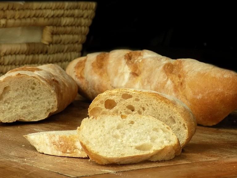 baguette-2241095_960_720