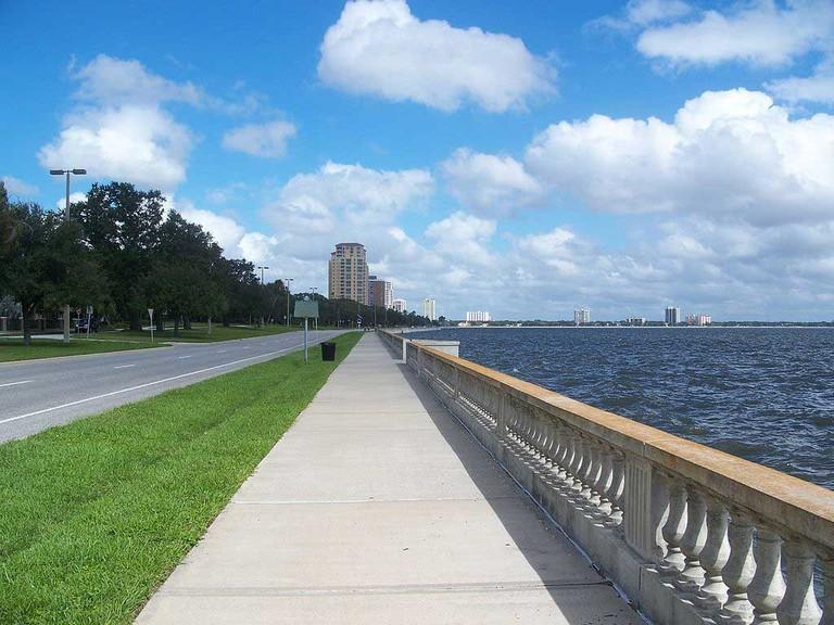 Infamously long sidewalk along Bayshore Boulevard in Tampa.