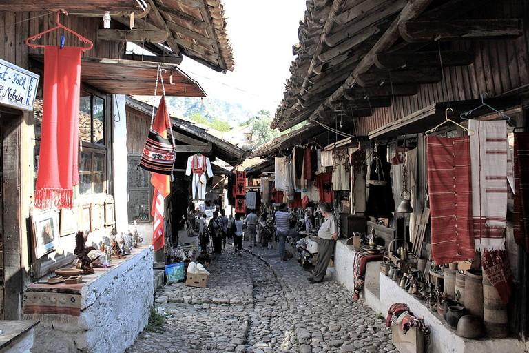 albania-kruja-bazar