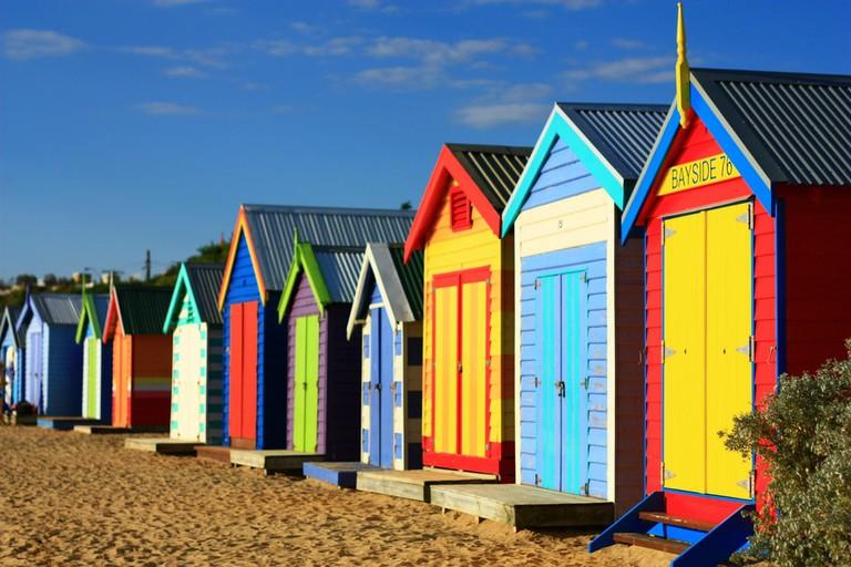 Brighton Beach bathing boxes © Nick Hewson / Flickr