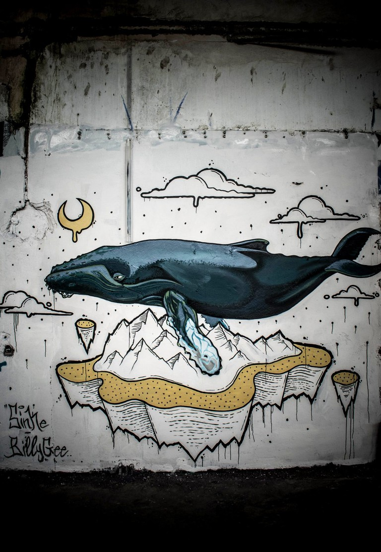 Flying-Whale-1400x2027