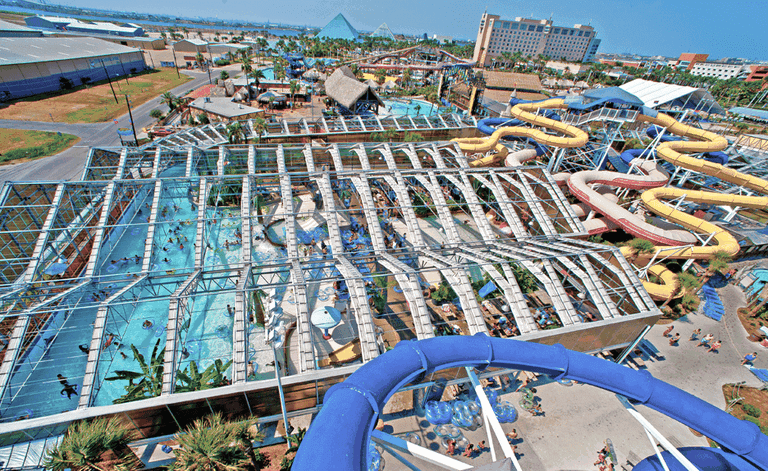 Aerial shot of Wasserfest, the indoor heated pool at Schlitterbahn