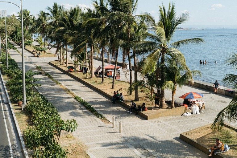 Bay Walk-Manila-Phillipines-Dale