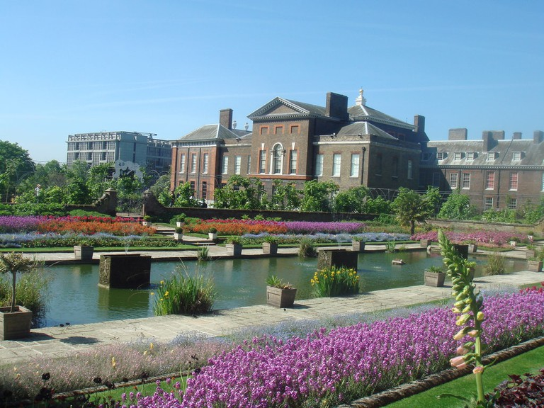 There are few, if any, American equivalents to Kensington Palace in South Kensington