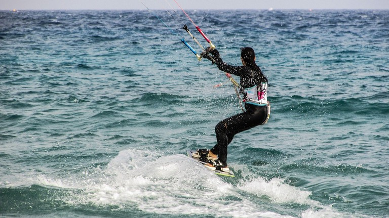 kite surfing in cyprus
