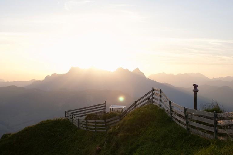 Sonnenaufgang am Kitzbüheler Horn, Blick auf die Loferer Steinberge