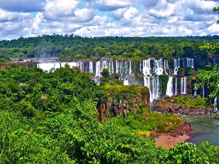 The stunning Iguazu Falls in Argentina