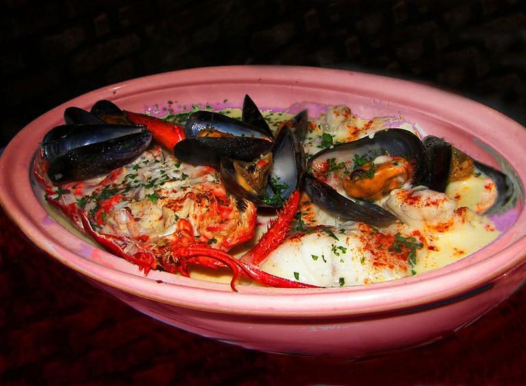 A bowl of the fish stew Marmite Diepposie
