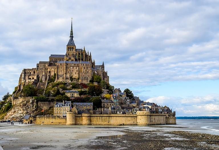 mont-saint-michel-2489345_640