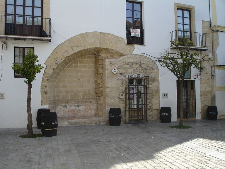 Explore the hidden corners of Jerez's old town
