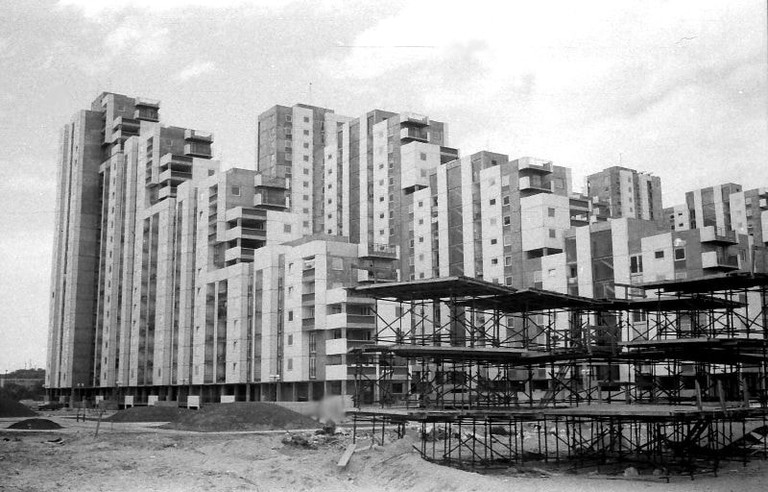 The construction of the Blokovi in the late 1970s