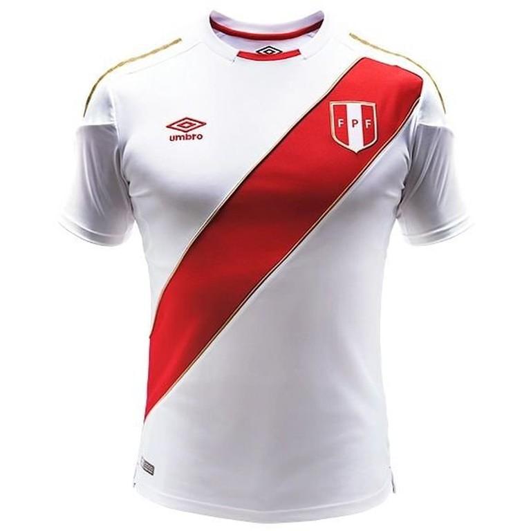 Peru 2018 home shirt
