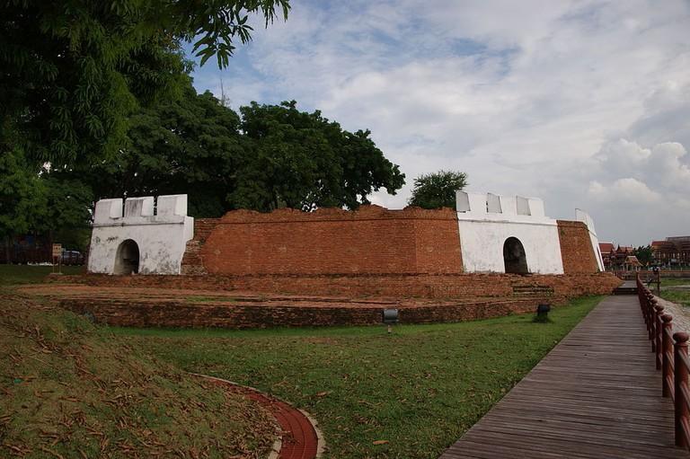 Pom_Phet_fortress,_Ayutthaya_01