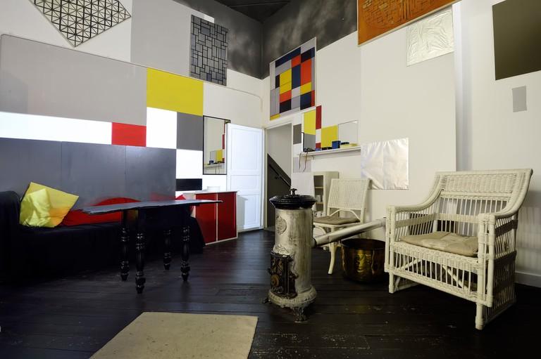 Reconstructed Parisian studio of Mondrian in Mondriaanhuis1 - Photo Mike Bink