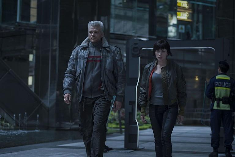 Pilou Asbaek with Scarlett Johansson in Ghost in the Shell