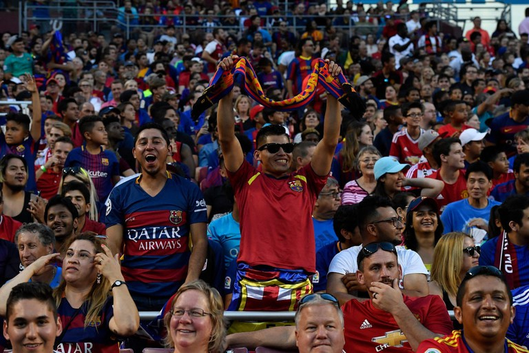 Barcelona and Manchester United fans in Landover, Md.