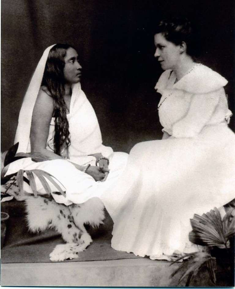 Sister Nivedita (right, seen here with Sarada Devi, left) was one of Swami Vivekananda's closest disciples