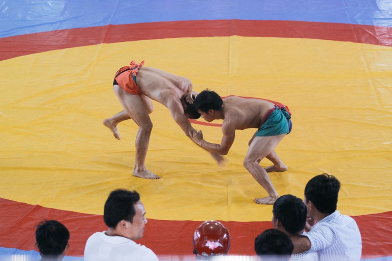 TRADITIONAL CARPET WRESTLING WRESTLING-THULE VILLAGE-HUE WRESTLI