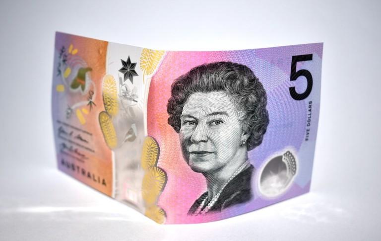 Australian $5 banknote © Binikins / Shutterstock