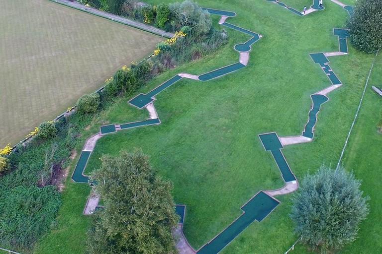 Stratford-upon-Avon minigolf