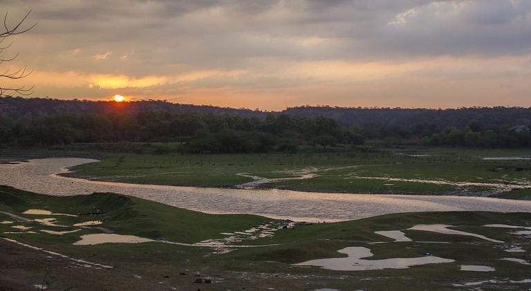 Sunrise_at_Damdama_lake