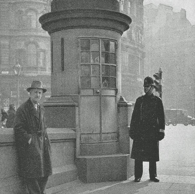 The box in Trafalgar Square during the late 1920s/early 1930s