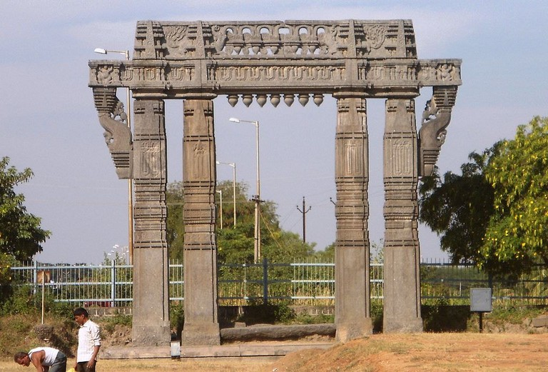 warangal fort Adityamadhav83