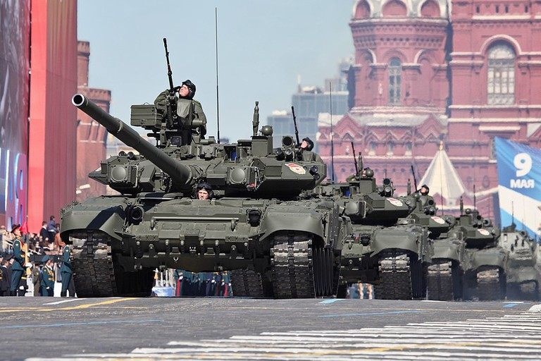 1024px-2013_Moscow_Victory_Day_Parade_(27)