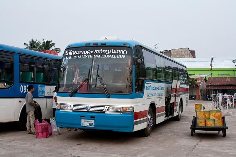 1024px-Lao-Thai_international_bus_in_Savannakhet