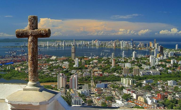 1280px-Cartagena_de_Indias_desde_el_cerro_La_Popa