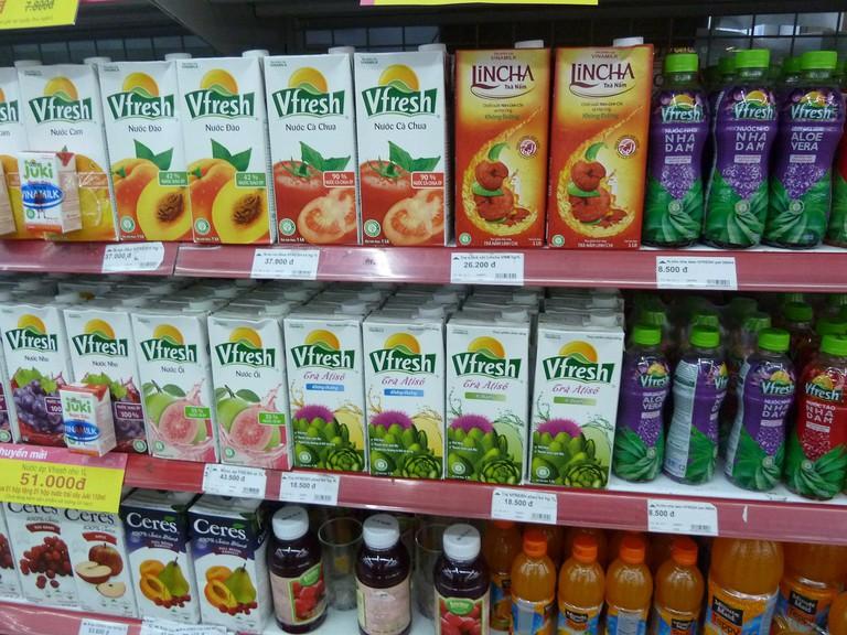 Supermarket_drinks_Vietnam