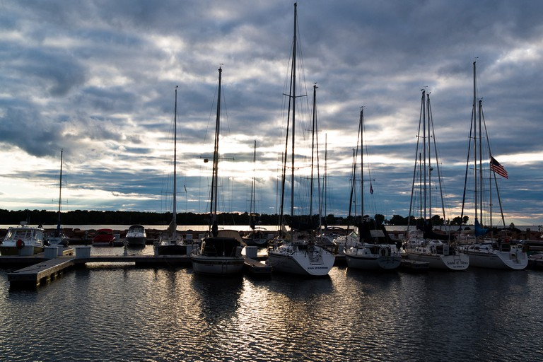 Marina in Egg Harbor at dusk | © Phil Roeder/flickr