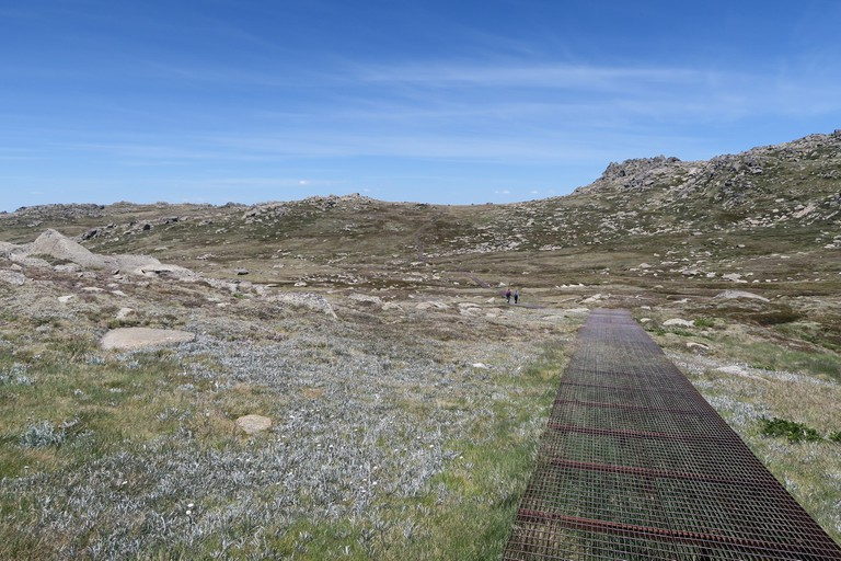 Walking up Mount Kosciuszko