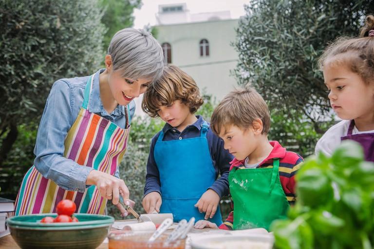 Paidia Stin Kouzina (Kids in the kitchen)