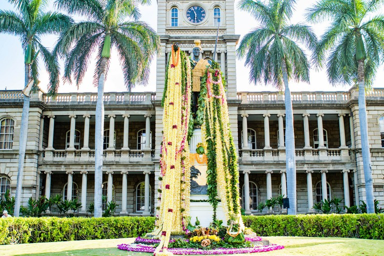 King Kamehameha statue lei draping | © Anthony Quintano/Flickr