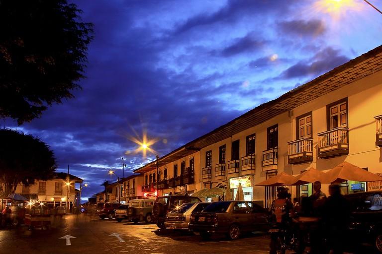 Filandia by night