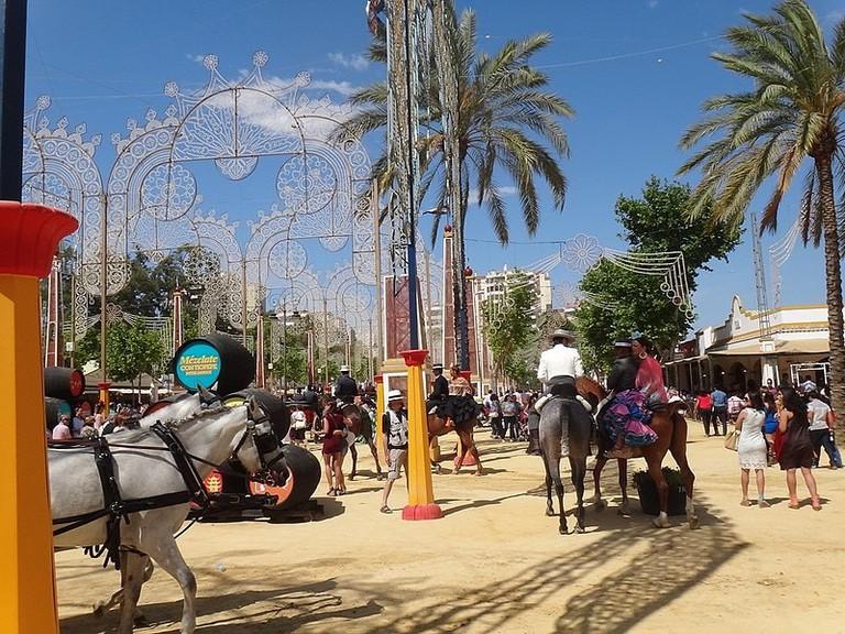 800px-Feria_del_Caballo_2014_–_Jerez_de_la_Frontera_–_DSC07353
