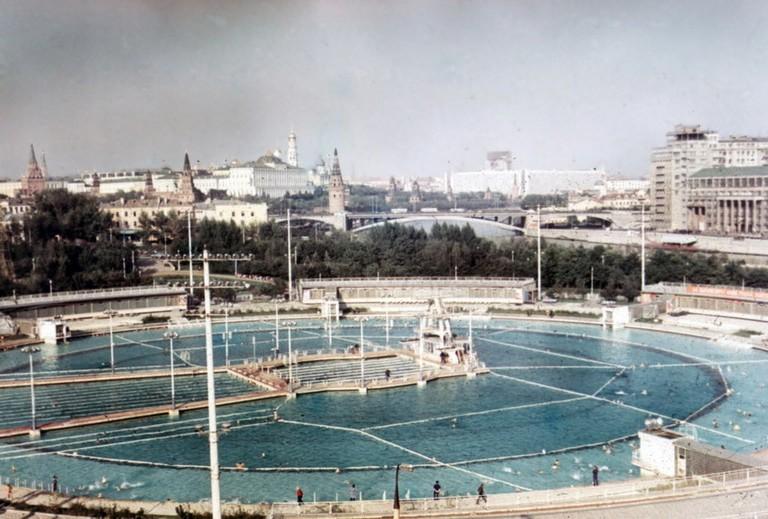 Бассейн_Москва_1969_-_panoramio