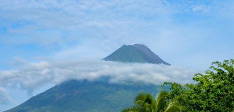 The perfect volcano