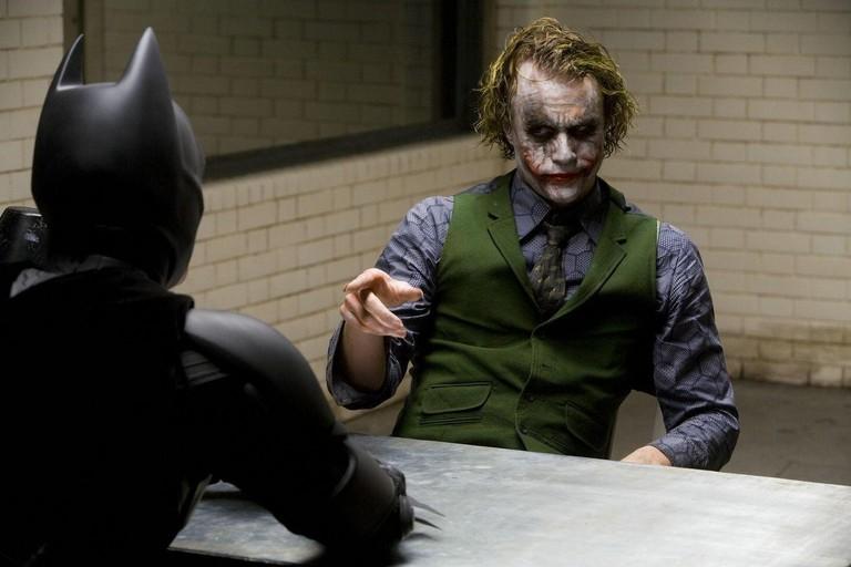 batman-joker-heath-ledger
