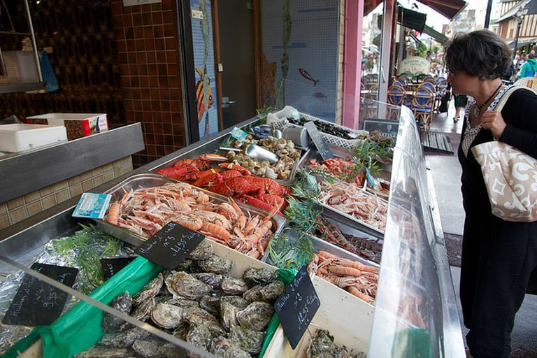 cabourg seafood market free in normandy