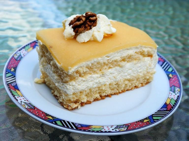 cake-410395_960_720