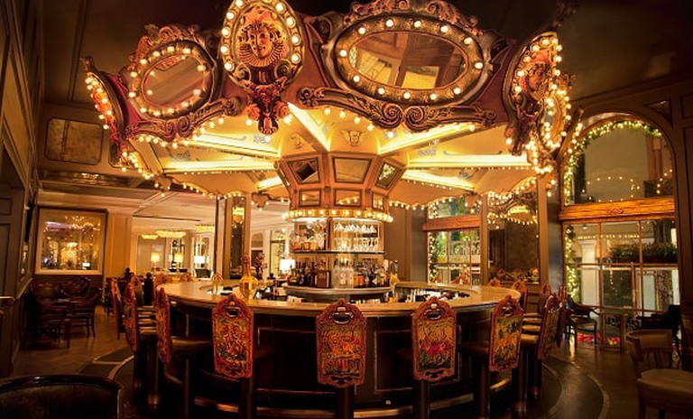Carousel Bar & Lounge_1