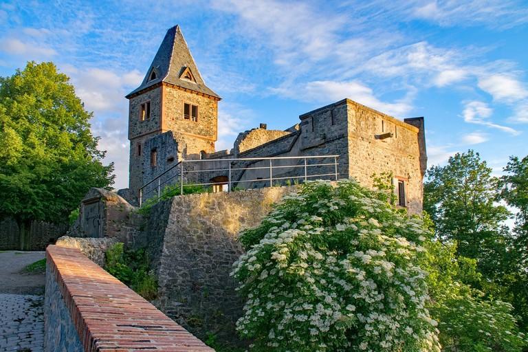 castle-2480210_1280