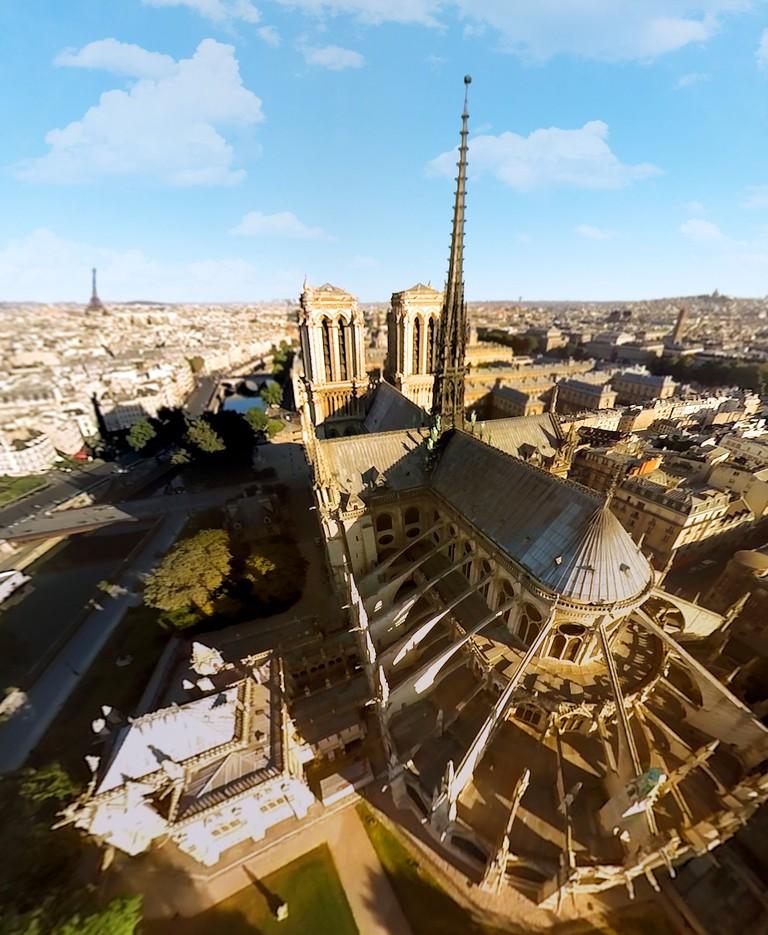 crédit photo FlyView Paris Notre-Dame-min