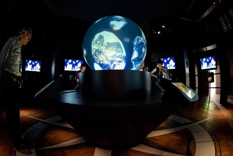 The International Trading Room teaches visitors all about Antwerp's history in the diamond trade