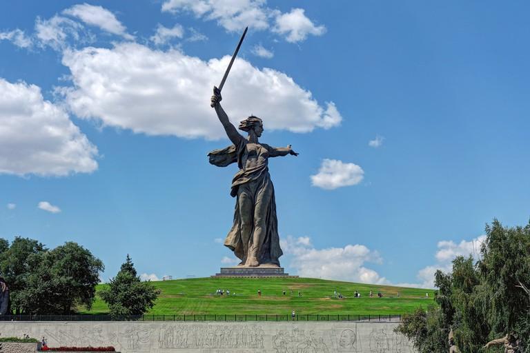 Follow Volgograd 4 Volgograd. Mamayev Kurgan. «The Motherland Calls» in Volgograd